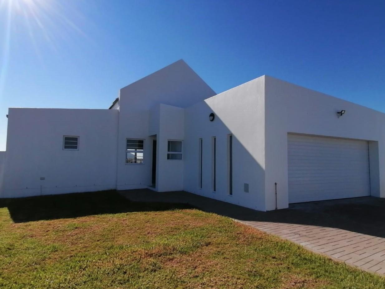 New 3 bedroom home for sale in Atlantic Sands, Laaiplek – Ref 2756