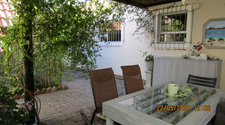 lovely house for sale in Port Owen