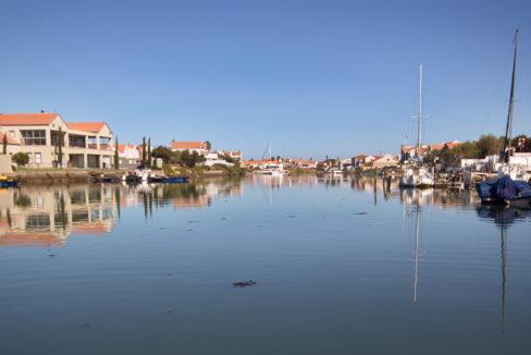 Port Owen private waterways