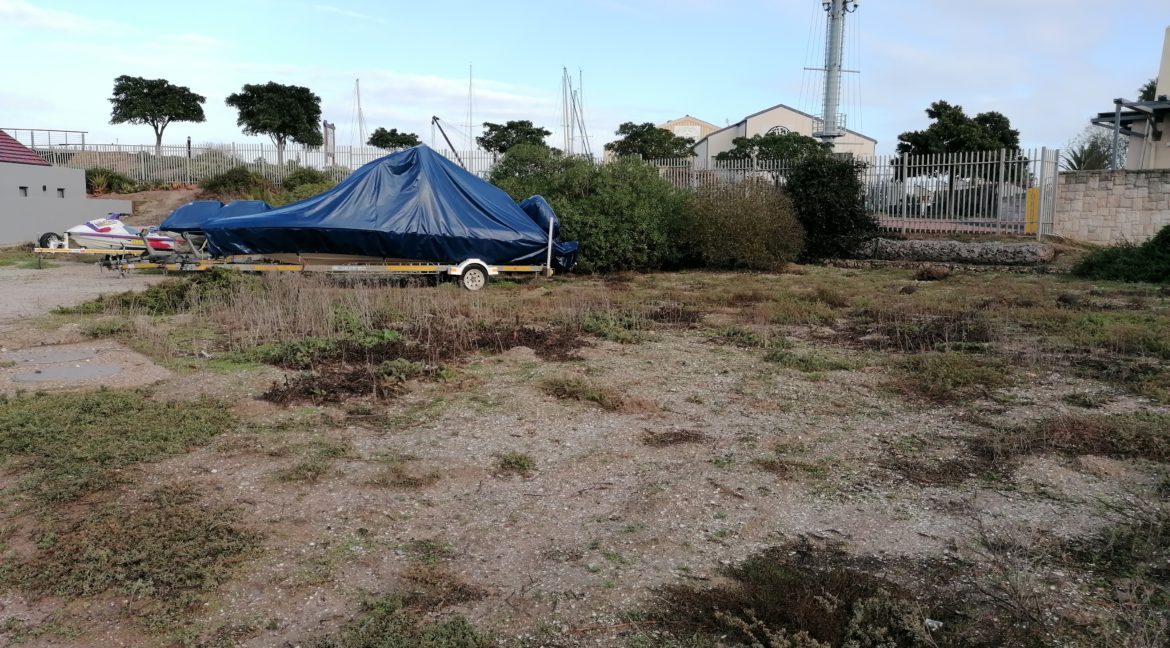 Plot for sale in private security Island (3)