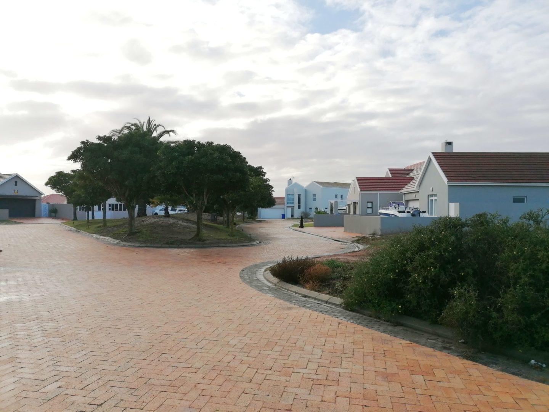 EXCLUSIVE MANDATE – Plot for sale in Pelican Bay, Port Owen Ref 2762