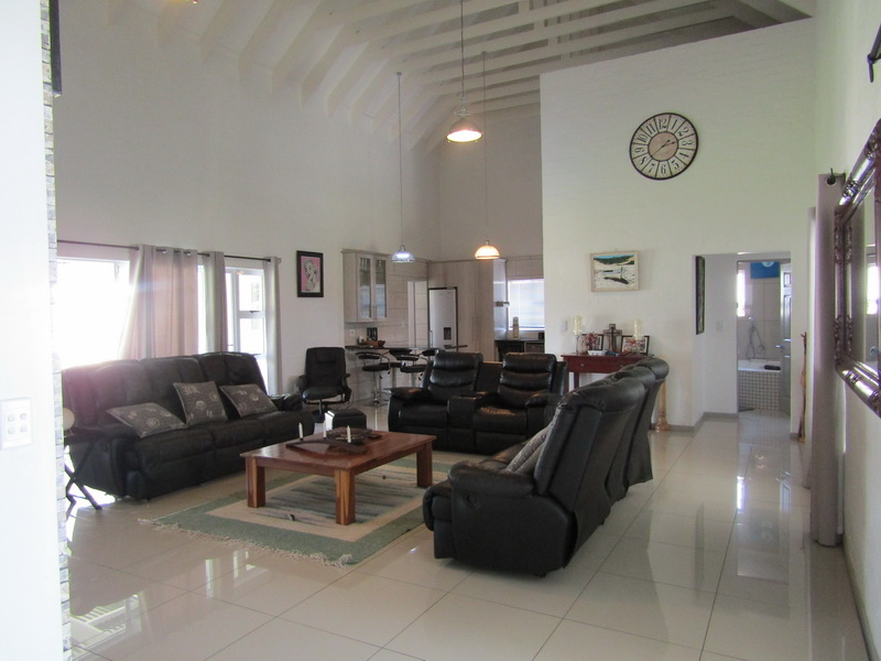 Stunning double house for sale in Port Owen Marina (11)