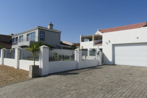 Stunning double house for sale in Port Owen Marina (2)