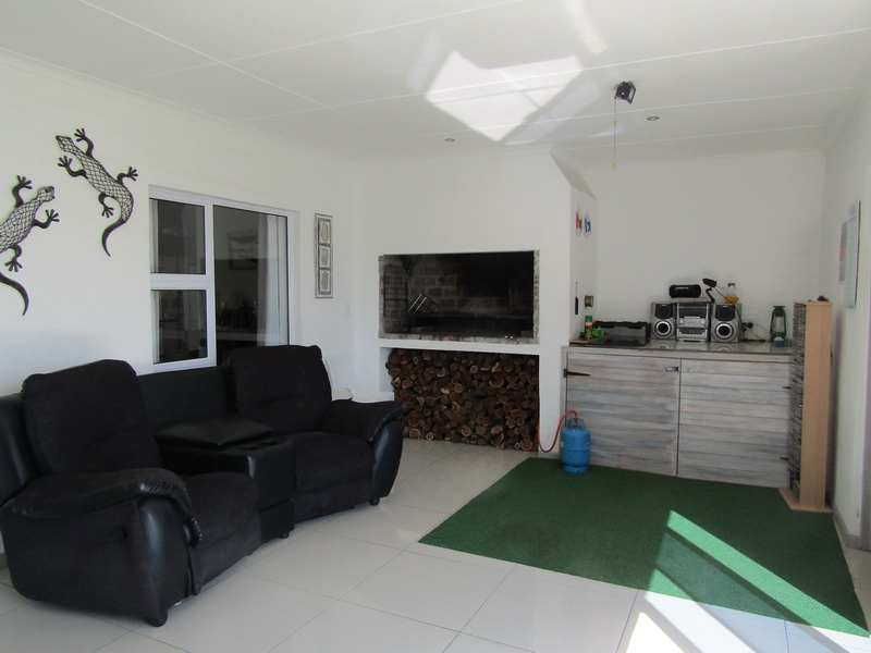 Stunning double house for sale in Port Owen Marina (6)